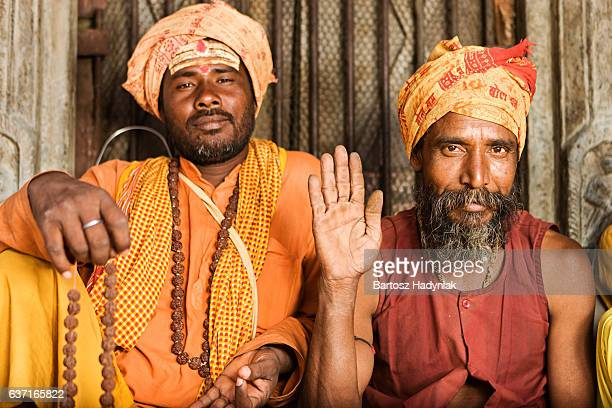 sadhu - indian holymen sitting in the temple - brahmin stock pictures, royalty-free photos & images