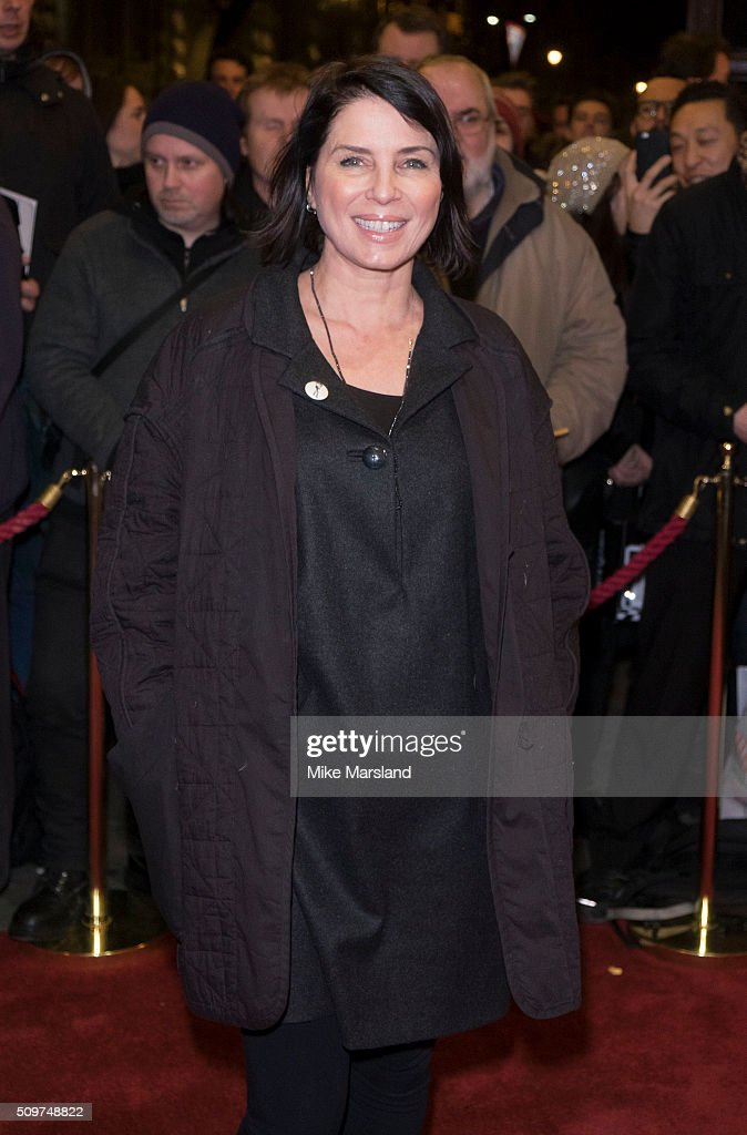 Sadie Frost attends the World Premiere of 'End Of Longing', written by and starring Matthew Perry at Playhouse Theatre on February 11, 2016 in London, England.