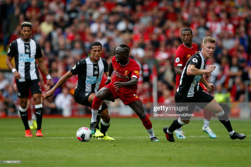 Liverpool FC v Newcastle United - Premier League : News Photo