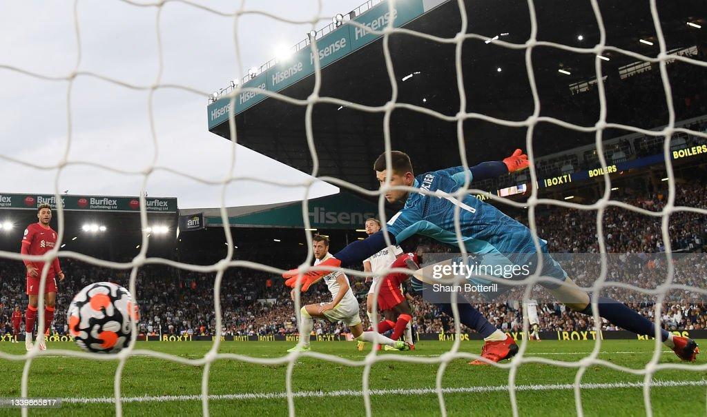 Leeds United v Liverpool - Premier League : Nachrichtenfoto