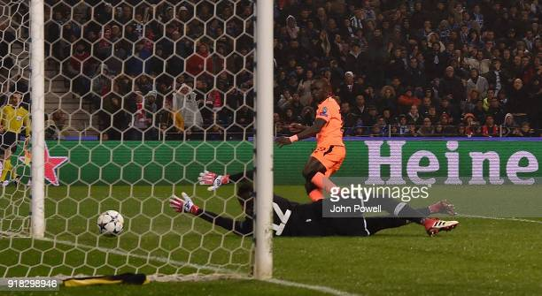 Sadio Mane of Liverpool scoring the third goal during the UEFA Champions League Round of 16 First Leg match between FC Porto and Liverpool at Estadio...