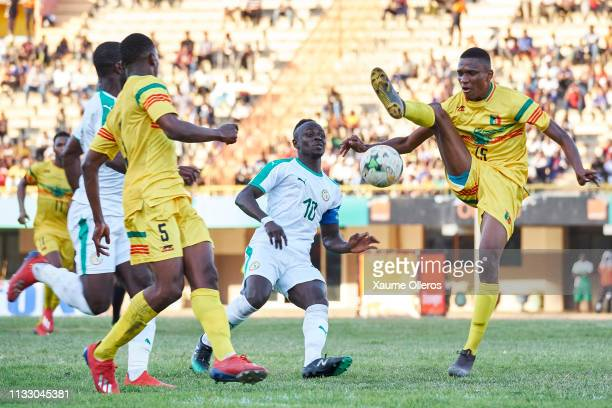 Sadio Mane of Senegal fights for the ball against Mamadou Fofana of Mali during a friendly match between Senegal and Mali after both teams qualified...
