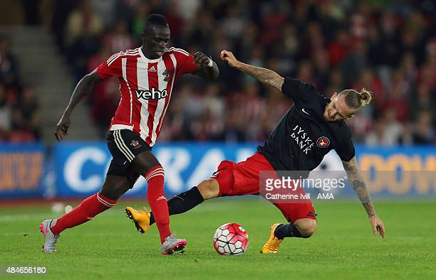 Sadio Mane of Southampton and Kian Hansen of FC Midtjylland during the UEFA Europa League Play Off Round 1st Leg match between Southampton and FC...