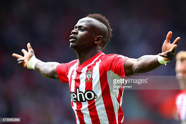 Sadio Mane of Southampton celebrates scoring the opening goal during the Barclays Premier League match between Southampton and Aston Villa at St...