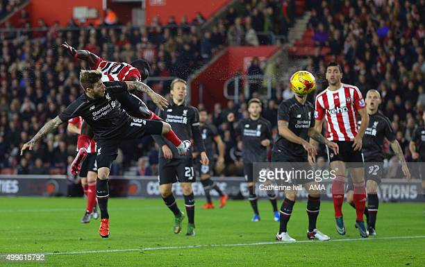 Sadio Mane of Southampton scores a goal to make it 1-0 during the Capital One Cup Quarter Final between Southampton and Liverpool at St Mary's...