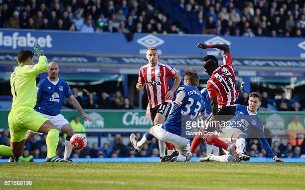 Sadio Mane of Southampton scores his team's opening goal during the Barclays Premier League match between Everton and Southampton at Goodison Park on...