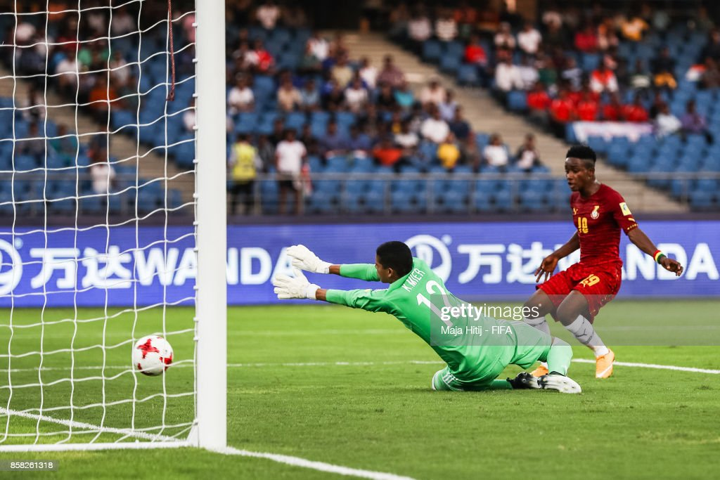 Sadiq Ibrahim of Ghana scores his team's first goal to make it 0-1 past Kevin Mier of Columbia during the FIFA U-17 World Cup India 2017 group A match between Colombia and Ghana at Jawaharlal Nehru Stadium on October 6, 2017 in New Delhi, India.