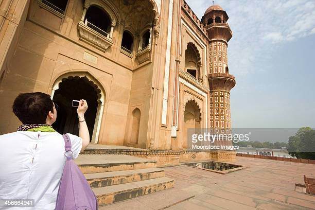 safdarjung's tomb in delhi, india - digital camera stock pictures, royalty-free photos & images