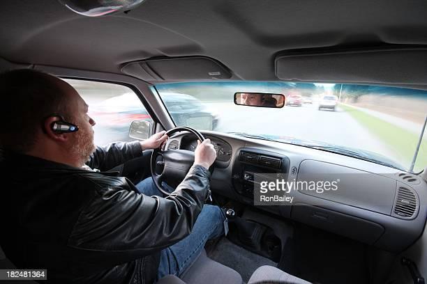 安全運転で、ハンズフリー携帯電話