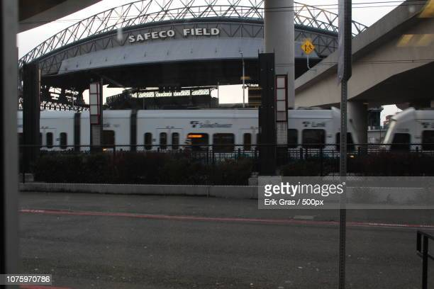 safeco field - seattle, wa - gras stock pictures, royalty-free photos & images