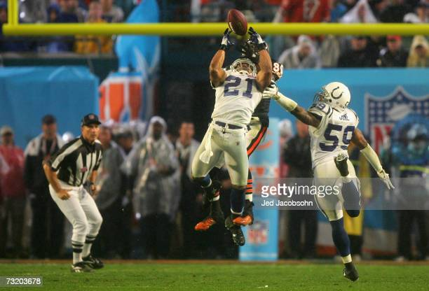 Safety Bob Sanders of the Indianapolis Colts intercepts a pass against the Chicago Bears during the fourth quarter of Super Bowl XLI on February 4...