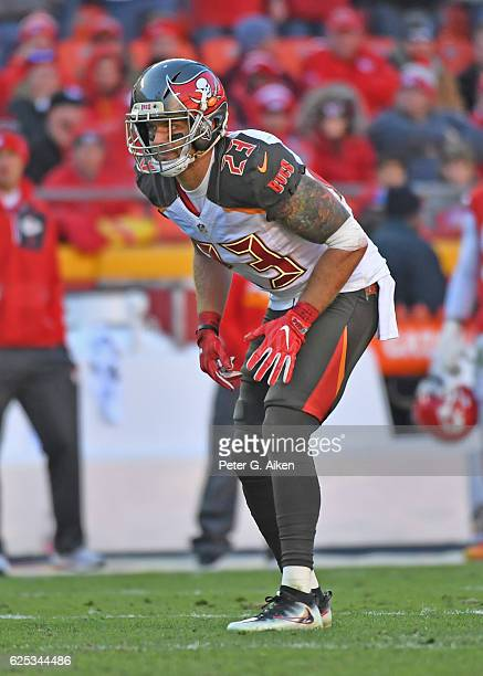 Safety Chris Conte of the Tampa Bay Buccaneers gets set on defense against the Kansas City Chiefs during the second half on November 20 2016 at...