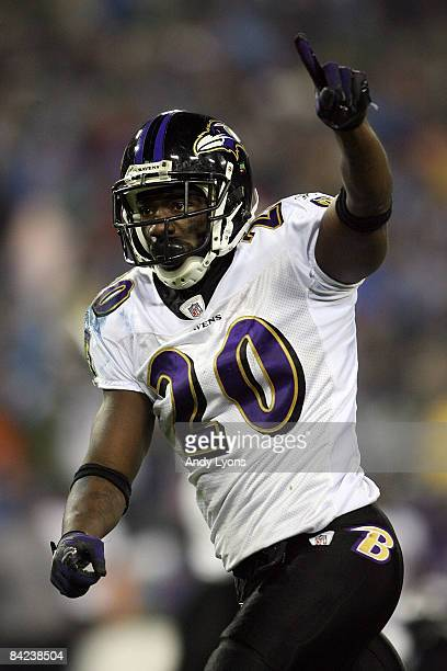 Safety Ed Reed of the Baltimore Ravens reacts after the Ravens stopped the Tennessee Titans on fourth down to win the game during the AFC Divisional...