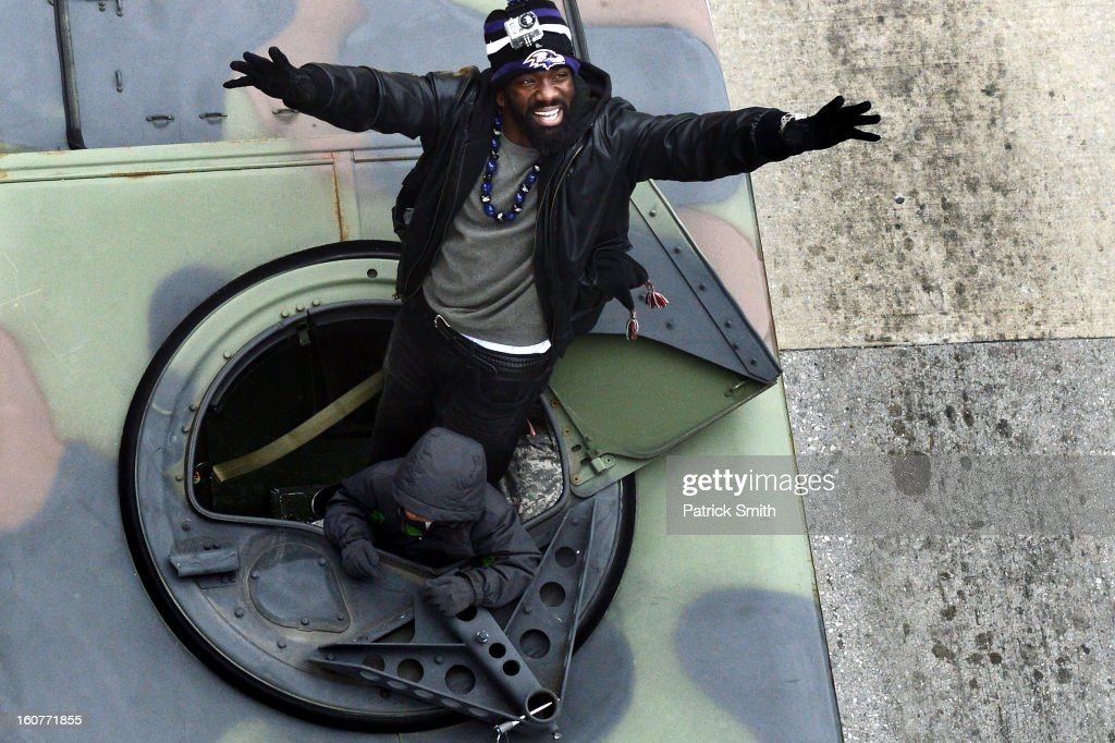 Safety Ed Reed #20 of the Baltimore Ravens waves to fans as he and teammates celebrate during their Super Bowl XLVII victory parade near M&T Bank Stadium on February 5, 2013 in Baltimore, Maryland. The Baltimore Ravens captured their second Super Bowl title by defeating the San Francisco 49ers.