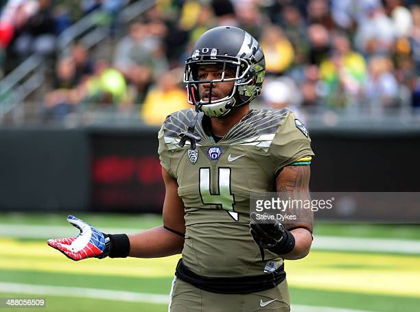 Safety Erick Dargan of the Oregon Ducks looks to the sidelines during the spring game at Autzen Stadium on May 3 2014 in Eugene Oregon