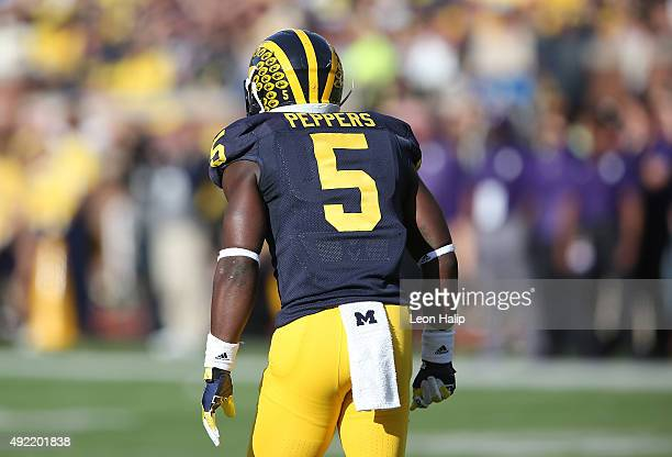 Safety Jabrill Peppers of the Michigan Wolverines looks to the sidelines during the first quarter of the game against the Northwestern Wildcats on...