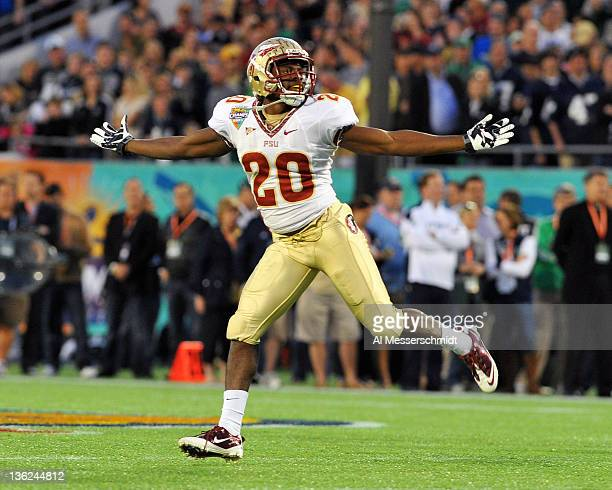 Safety Lamarcus Joyner of the Florida State Seminoles celebrates a firstquarter interception against the Notre Dame Fighting Irish in the Champs...