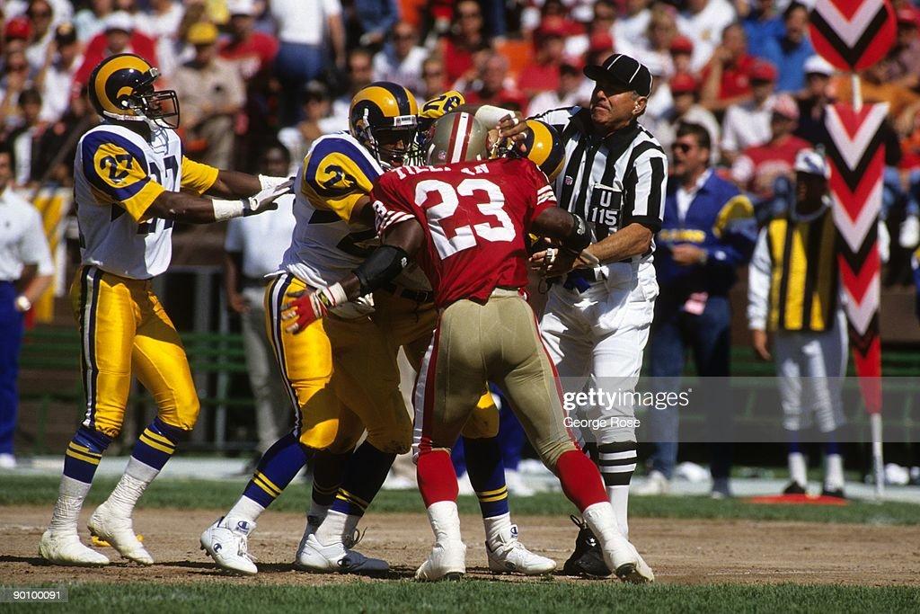 Los Angeles Rams vs. San Francisco 49ers : News Photo