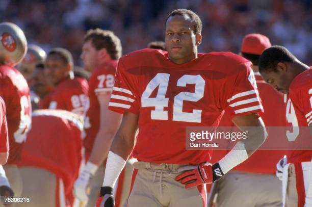 Safety Ronnie Lott of the San Francisco 49ers on the sideline against the New York Giants in the 1990 NFC Championship Game on January 20 1991 at...