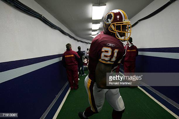 Safety Sean Taylor of the Washington Redskins heads to the field before a game against the Dallas Cowboys on September 17 2006 at Texas Stadium in...