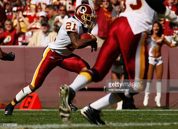 Safety Sean Taylor of the Washington Redskins returns an interception in first quarter action against the Arizona Cardinals October 21 2007 at FedEx...