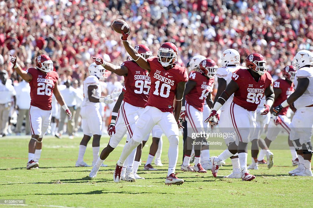 Safety Steven Parker #10 of the Oklahoma Sooners celebrates a fumble recovery in their game against the Texas Longhorns at Cotton Bowl on October 8, 2016 in Dallas, Texas.