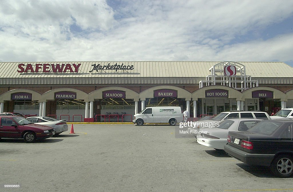 Safeway, 415 14th St. SE