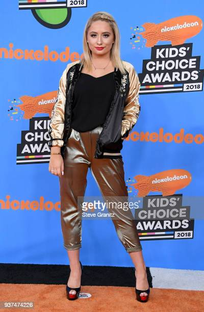 Saffron Barker attends Nickelodeon's 2018 Kids' Choice Awards at The Forum on March 24 2018 in Inglewood California