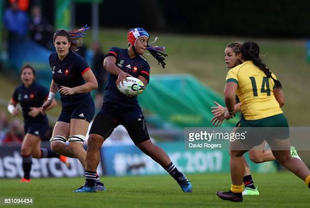 Safi N'Diaye of France passes during the Women's Rugby World Cup 2017 match between France and Australia on August 13 2017 in Dublin Ireland
