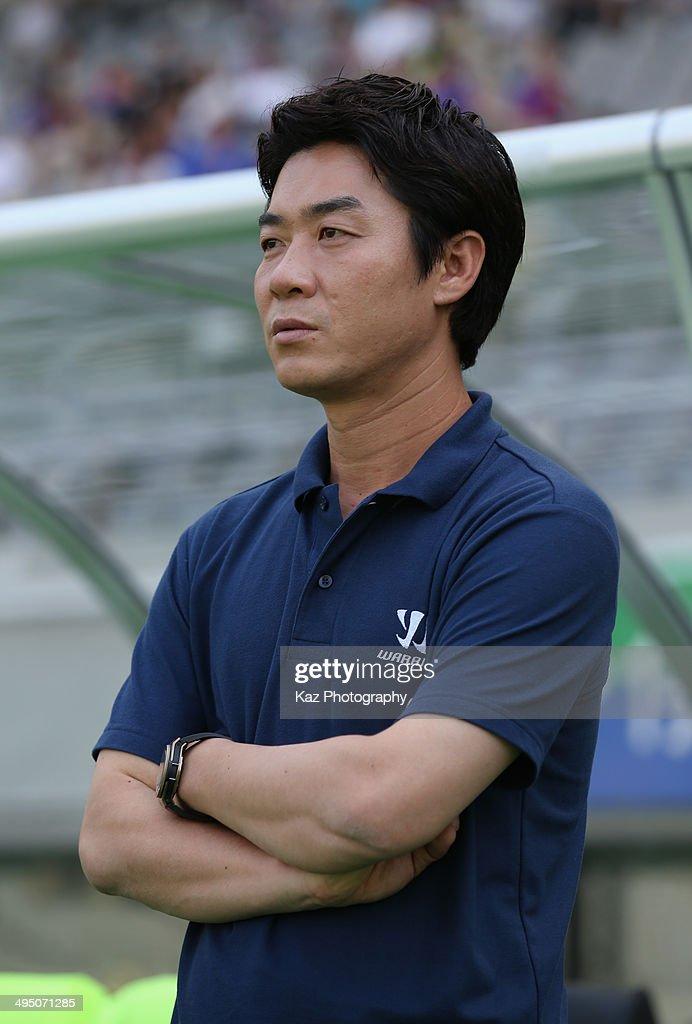 FC Tokyo v Sagan Tosu - J.League Yamazaki Nabisco Cup : News Photo