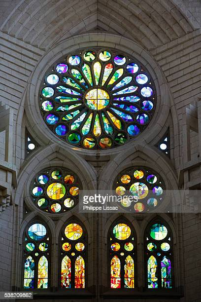 sagrada familia basilica. stained glass - art nouveau stock pictures, royalty-free photos & images