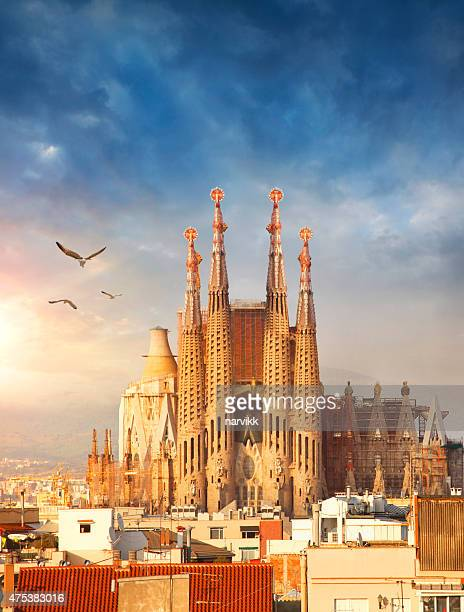 sagrada familia cathedral in barcelona - barcelona spain stock pictures, royalty-free photos & images