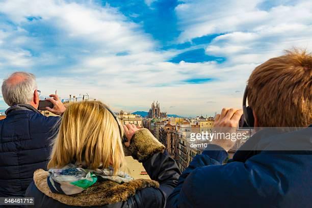sagrada familia in barcelona - familia stock pictures, royalty-free photos & images