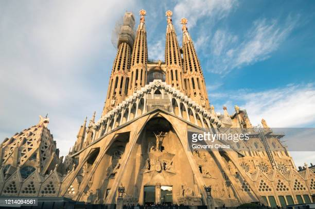 sagrada familia - monument stock pictures, royalty-free photos & images