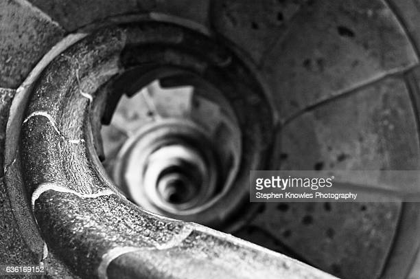 sagrada familia, spiral staircase (looking down) - familia stock pictures, royalty-free photos & images