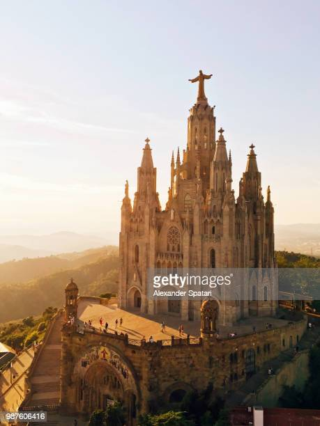 sagrat cor church on tibidabo mountain, barcelona, spain - barcelona spanien stock-fotos und bilder