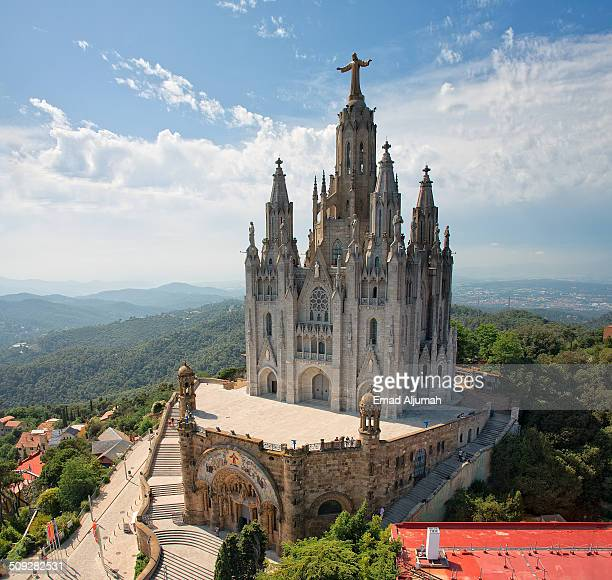 sagrat cor, mount tibidabo, barcelona, spain - tibidabo stock pictures, royalty-free photos & images