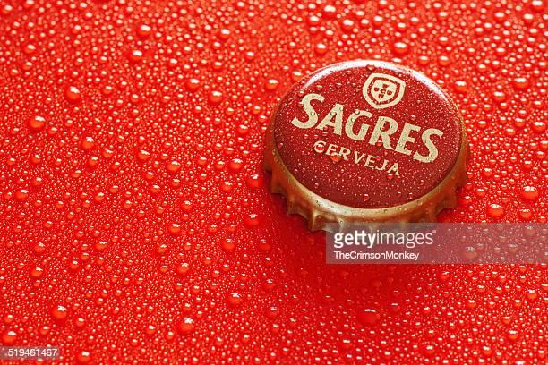 sagres beer bottle cap - sagres bildbanksfoton och bilder