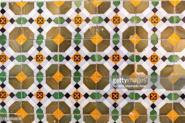 sagua la grande, cuba, colonial tiles - cultura cubana foto e immagini stock