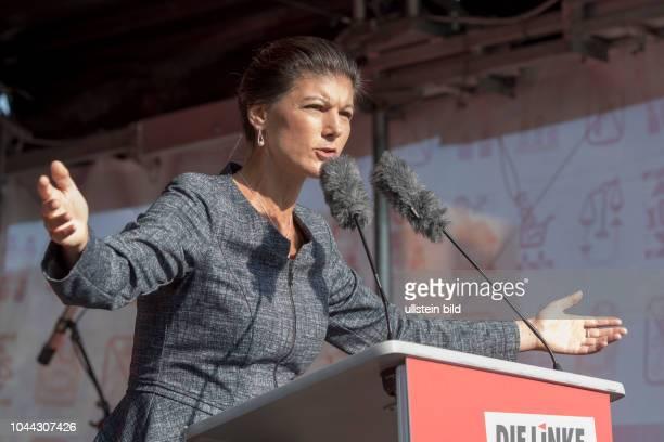 Sahra Wagenknecht während der Abschlusskundgebung der Partei Die Linke zum Bundestagswahlkampf auf dem Berliner Alexanderplatz