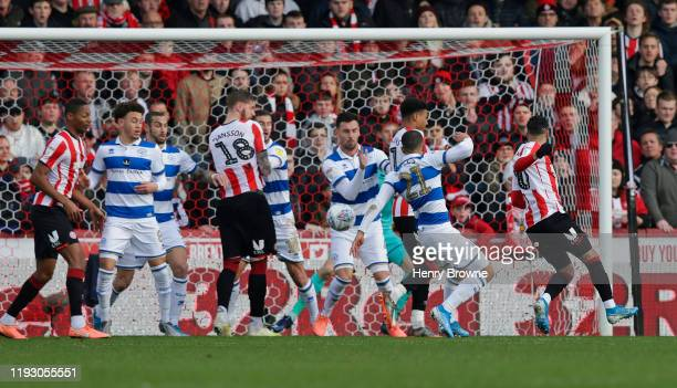 Said Benrahma of Brentford scores their first goal during the Sky Bet Championship match between Brentford and Queens Park Rangers at Griffin Park on...