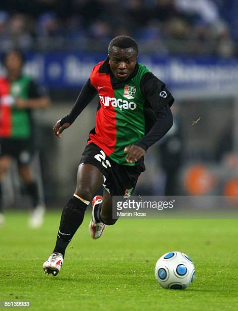Saidi Ntibazonkiza of Nijmegen runs with the ball during the UEFA Cup Round of 32 second leg match between Hamburger SV and NEC Nijmegen at the HSH...