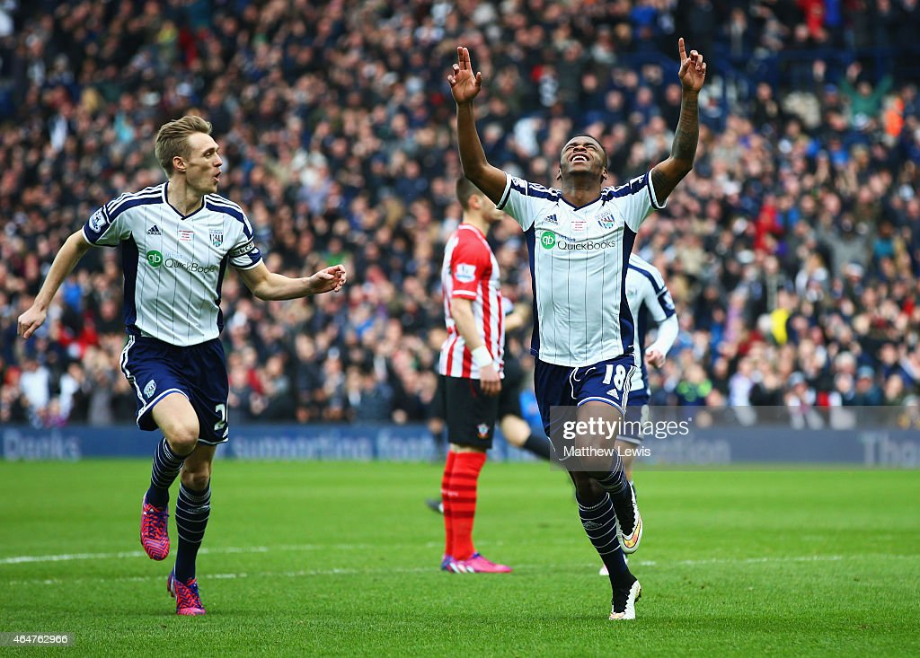 Saido Berahino of West Bromwich Albion (R) celebrates with Darren Fletcher (L) as he scores their first goal during the Barclays Premier League match between West Bromwich Albion and Southampton at The Hawthorns on February 28, 2015 in West Bromwich, England.