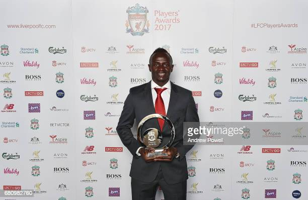 liverpool fc player awards ストックフォトと画像 getty images