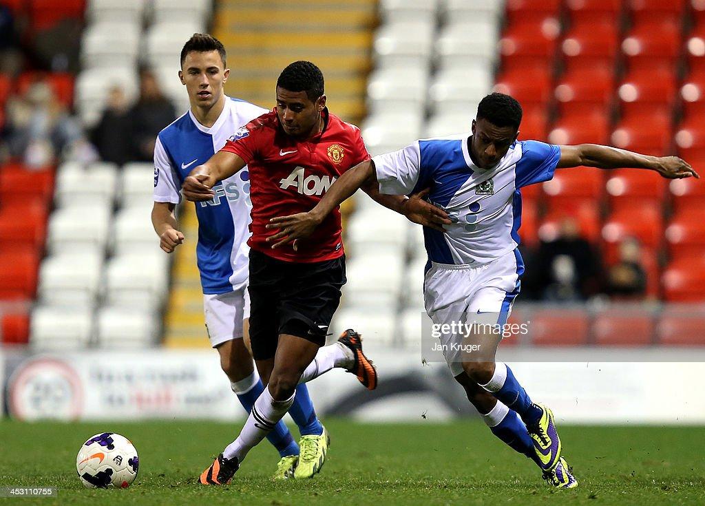 Blackburn U21 v Manchester United U21 - Barclays U21 Premier League : ニュース写真