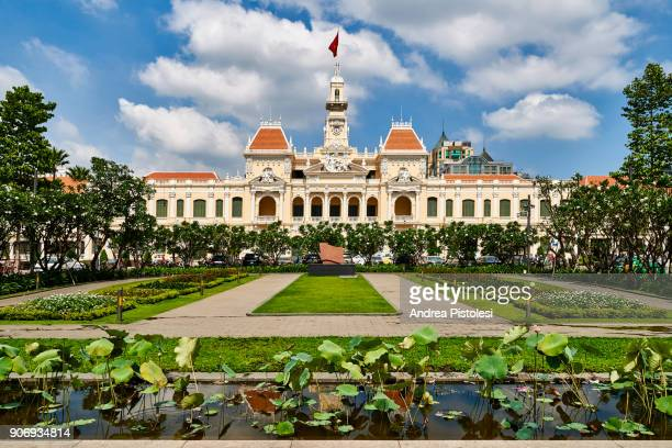 saigon city hall, ho chi minh city, vietnam - people's committee building ho chi minh city stock pictures, royalty-free photos & images