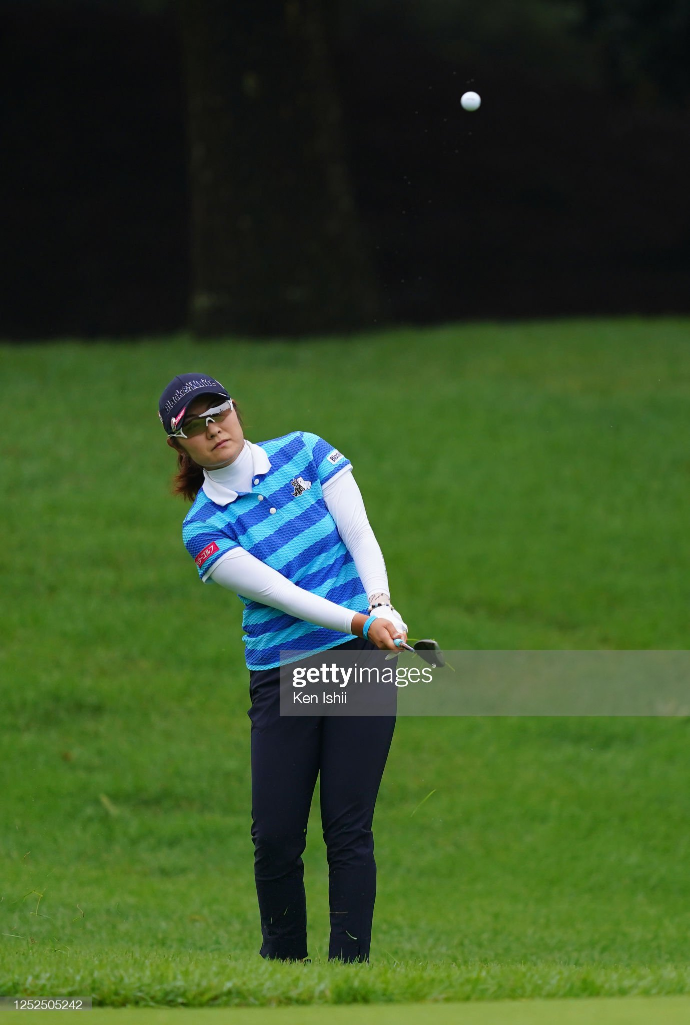https://media.gettyimages.com/photos/saiki-fujita-of-japan-chips-onto-the-on-the-10th-green-during-the-picture-id1252505242?s=2048x2048