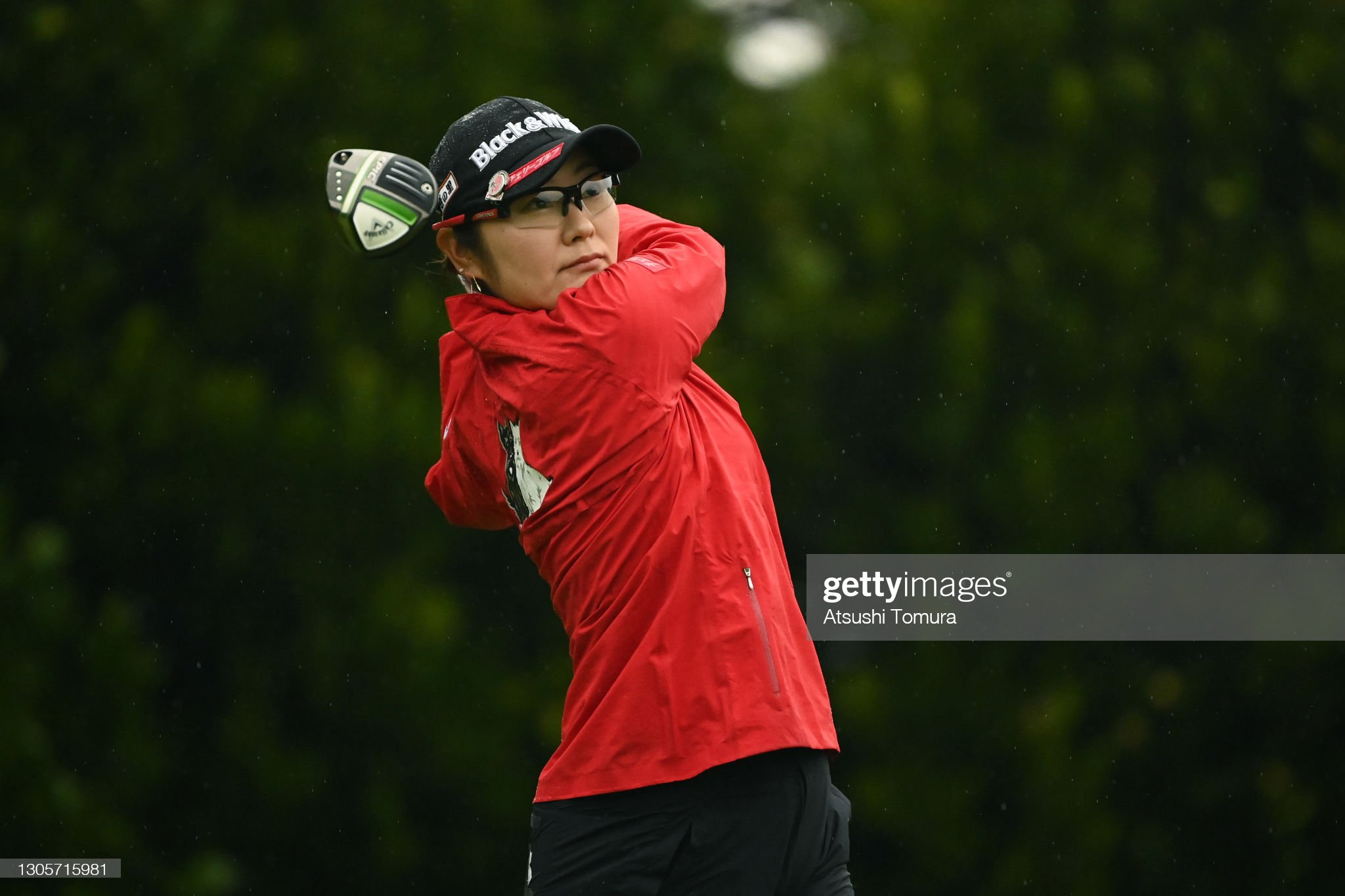 https://media.gettyimages.com/photos/saiki-fujita-of-japan-hits-her-tee-shot-on-the-11th-hole-during-the-picture-id1305715981?s=2048x2048