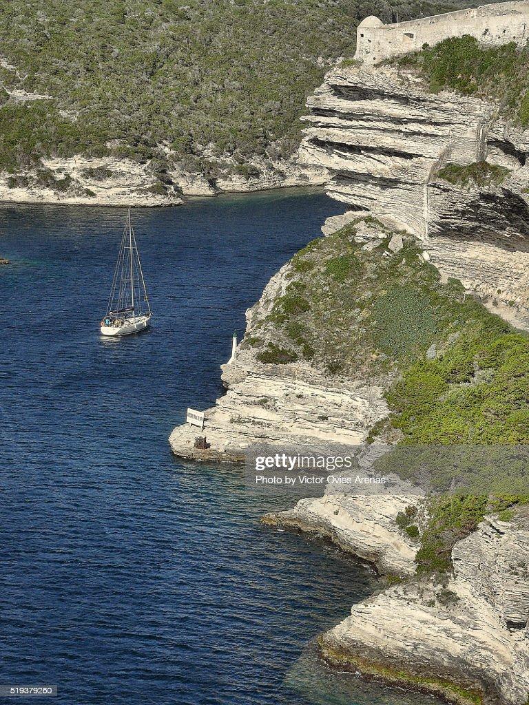 Sail Boat in Bonifacio's Harbour : Foto de stock
