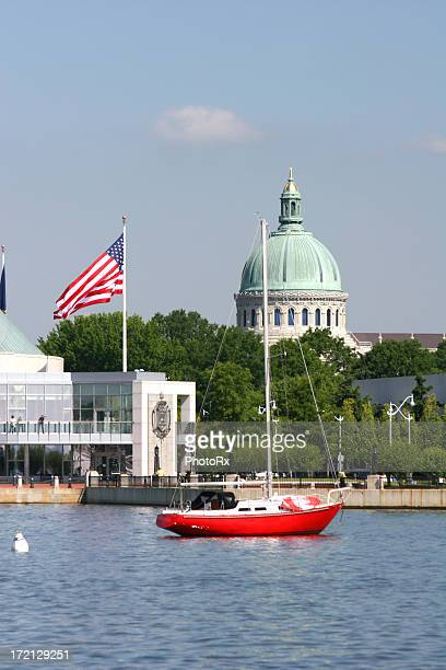 sailboat moored off capitol building in annapolis - annapolis stock pictures, royalty-free photos & images